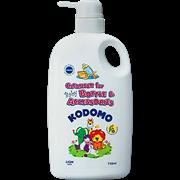 Жидкость для мытья бутылок и сосок Lion Kodomo 750 мл