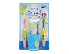 Детский зубной набор (голубой стакан, 2 щеточки, гель-паста 75гр) вкус клубники с 3л MKH Kizcare