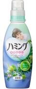 """Кондиционер для белья со смягчающим эффектом KAO """"Humming"""" с ароматом зеленых фруктов 600мл"""