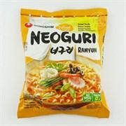 """Лапша """"Neoguri Ramyun"""" Среднеострая с морепродуктами, 120гр (мягк.уп)"""