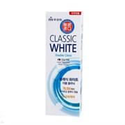 Отбеливающая зубная паста MKH Classic White двойного действия с микрогранулами, аромат мята и ментол 110гр